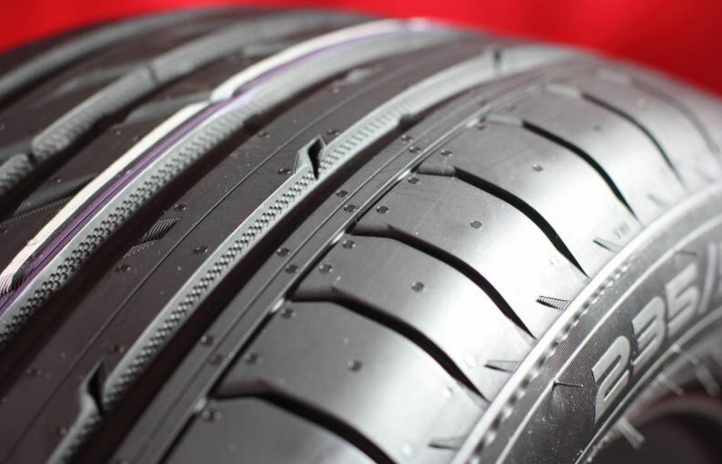 An image of a summer tyre
